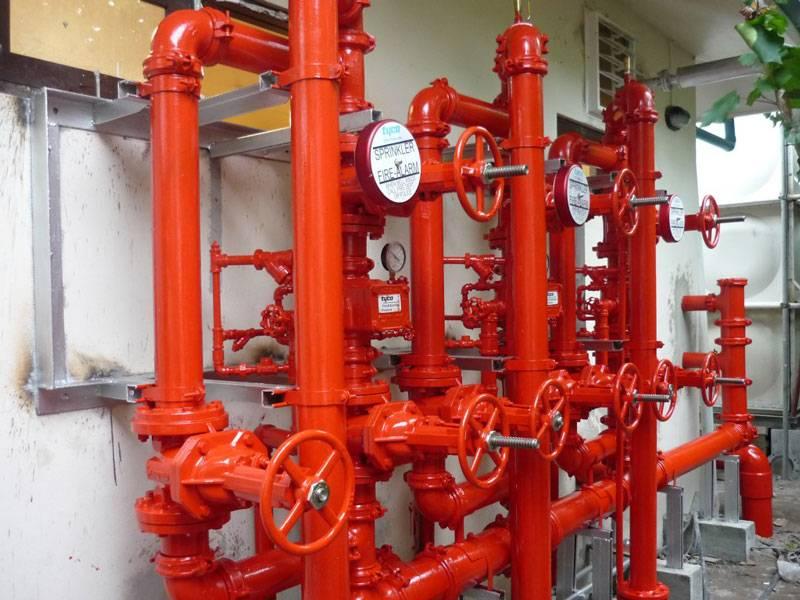 эксплуатационные испытания пожарных лестниц и водопровода